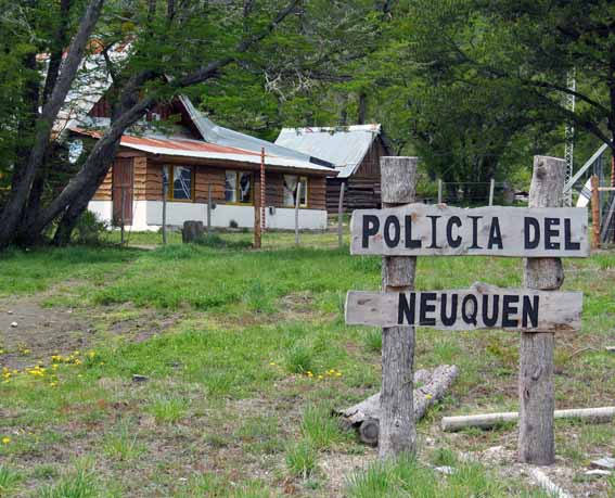 Polizeistation in Patagonien.